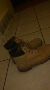 Size 7 timberlands (men)