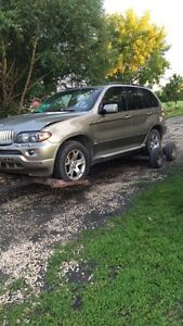 Looking for 2004 BMW X5 front end