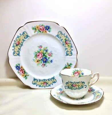 VIntage Formalities By Baum Bros Pink Roses Side Plates Dinnerware Set China Dinner Plates Service for 4 Teacup and Saucers