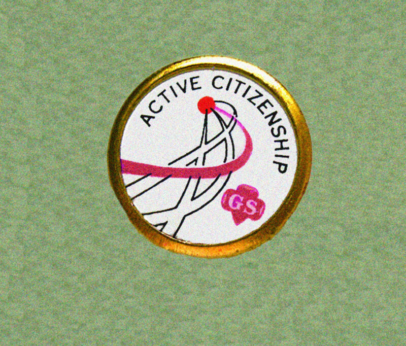 ACTIVE CITIZENSHIP Girl Scout Challenge PIN, 1960s Cadettes VOLUME DISCOUNT