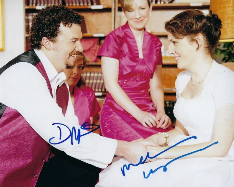 GFA Up in the Air * DANNY McBRIDE & MELANIE LYNSKEY * Signed 8x10 Photo COA