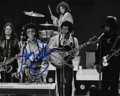 GFA Sly & the Family Stone * LARRY GRAHAM * Signed 8x10 Photo L5 COA