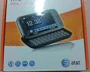 Like new HTC tilt 2 Mobile phone bundle include Real keyboard ( c Plumpton Blacktown Area Preview