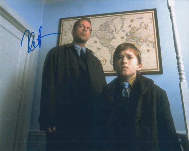 HALEY JOEL OSMENT signed (THE SIXTH SENSE) Movie 8X10 *Cole Sear* photo W/COA #1