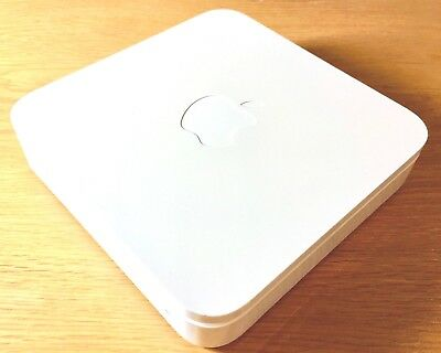 Genuine Apple AirPort Extreme Base Station 3rd Gen Wi-Fi Router Model A1301