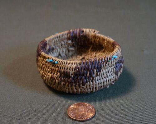 Very Fine Late 1800 Native American Beaded Pomo Basket