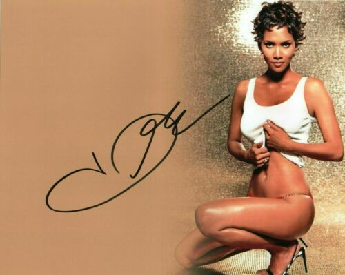 Halle Berry Autographed Signed 8 X 10 Photo Reprint