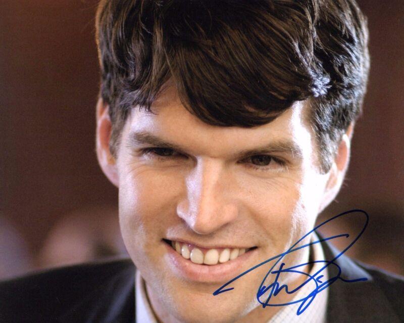 GFA VEEP Jonah Ryan * TIMOTHY SIMONS * Signed Autograph 8x10 Photo T2 COA