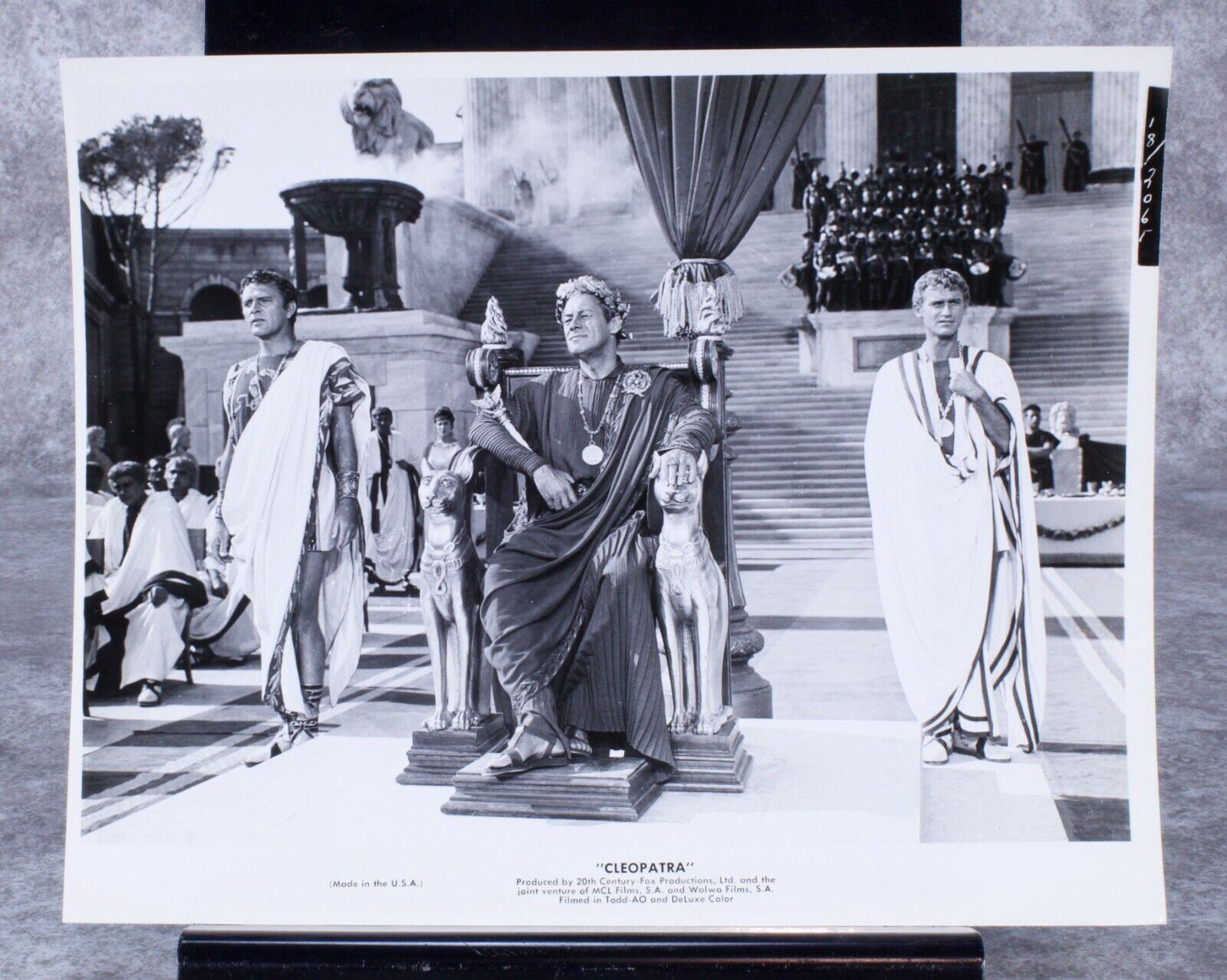 Cleopatra Original Photograph 1963 Richard Burton And Rex Harrison  - $20.00