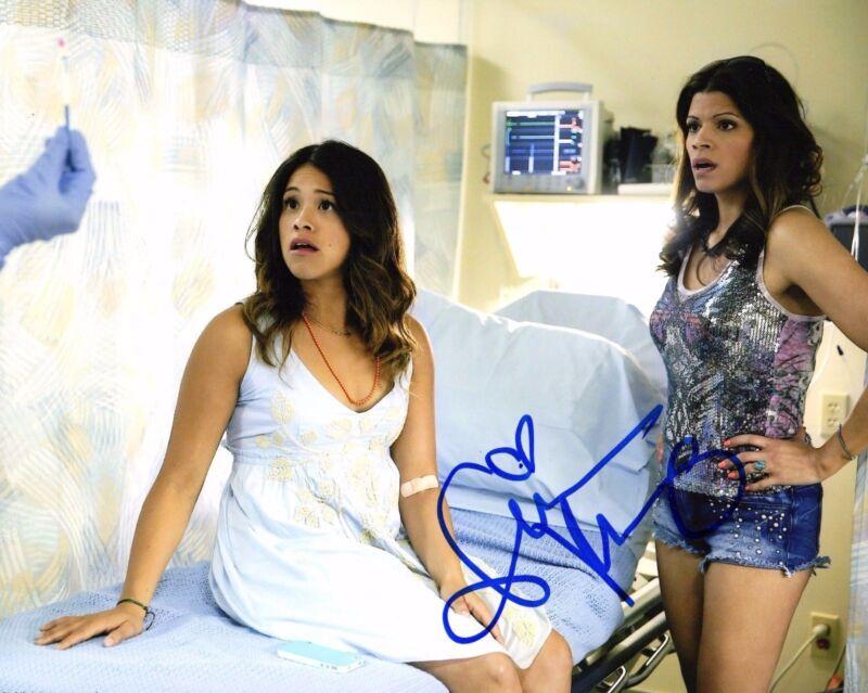 GFA Jane the Virgin * GINA RODRIGUEZ * Signed Autograph 8x10 Photo PROOF AD1 COA