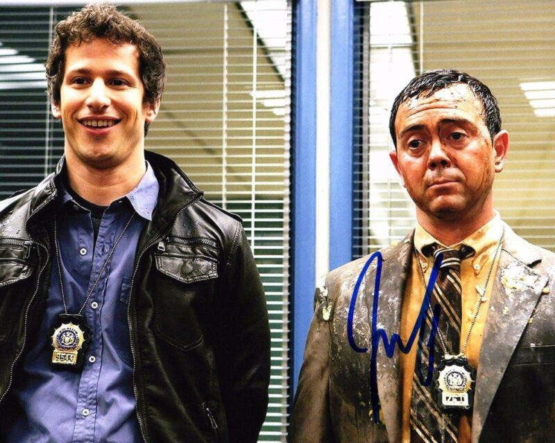 GFA Brooklyn Nine-Nine * JOE LO TRUGLIO * Signed Autograph 8x10 Photo J2 COA