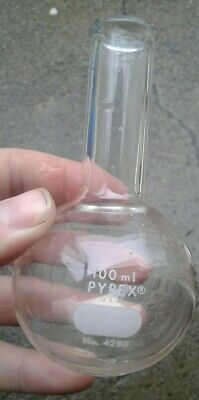 Corning Pyrex Glass 100ml Round Bottom Boiling Flask 4 12 Inches Tall No. 4280
