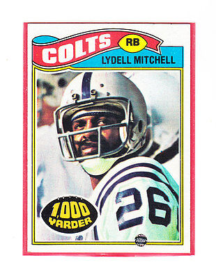 1977 Topps Card #370 Lydell Mitchell RB Colts 1000 Yarder (1977 Topps Card Colts)
