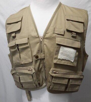 a756ce0a90 Magellan Men's Sportswear Fishing Hunting Vest Size Medium Khaki (P11)