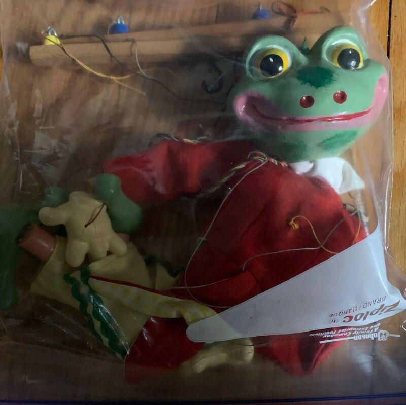 Vintage Pelham Puppet Frog 1970s, Marionette