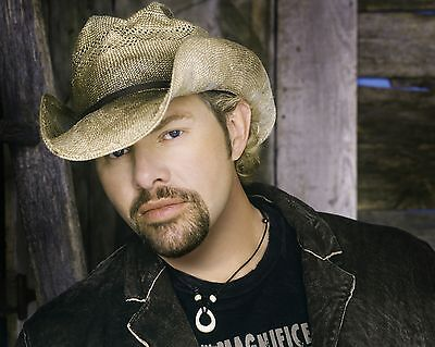 Toby Keith 8 x 10 GLOSSY Photo Picture