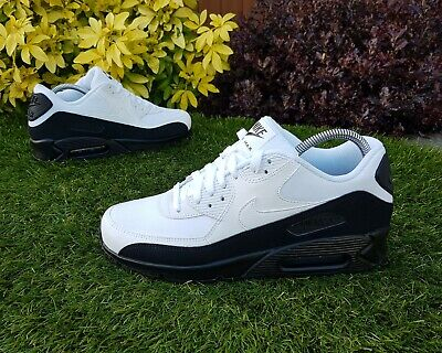 ❤ BNWB & Authentic Nike ® Air Max 90 Essential Black & White Trainers UK Size