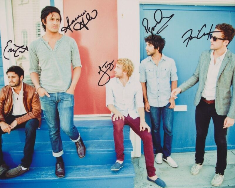YOUNG THE GIANT SIGNED 8X10 PHOTO 4