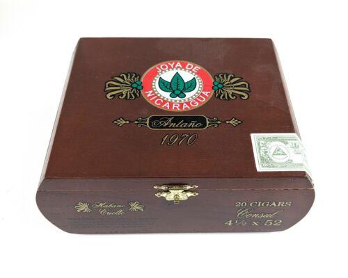 JOYA DE NICARAGUA ANTANO 1970 CIGAR BOX
