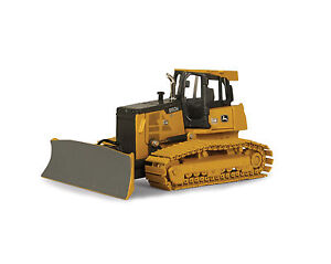 Caterpillar Toys furthermore Pedal Tractor Toy besides Ertl additionally 310721173956 furthermore 292012554632. on john deere diecast construction toys