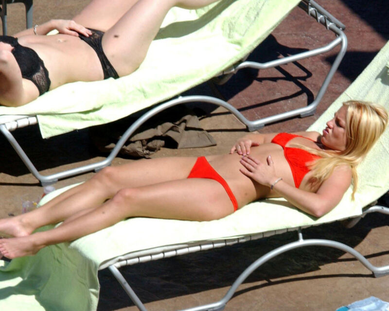 BRITNEY SPEARS 8X10 PHOTO PICTURE SEXY HOT CANDID 176