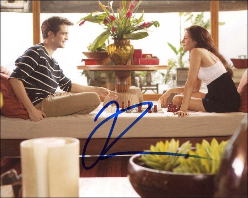 "Robert Pattinson ""Twilight"" AUTOGRAPH Signed 'Edward Cullen' 8x10 Photo B ACOA"