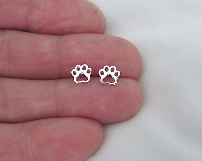 Sterling Silver 6.5mm Dog Cat paw dainty outline post stud earrings.