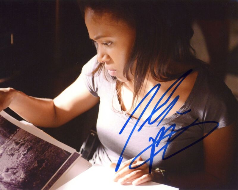 "Nicole Beharie ""Sleepy Hollow"" AUTOGRAPH Signed 8x10 Photo B ACOA"
