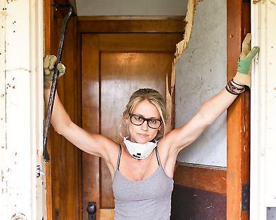 Nicole Curtis / Rehab Addict 8 x 10 GLOSSY Photo Picture