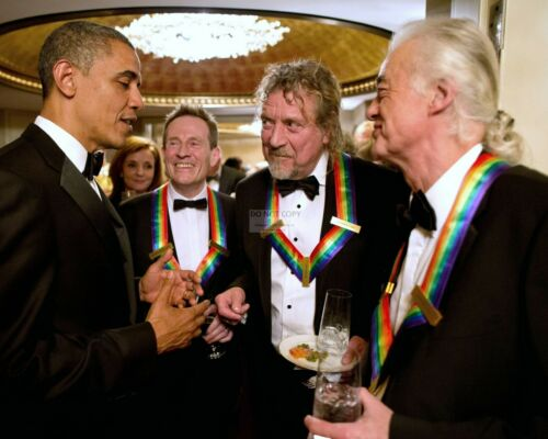 BARACK OBAMA WITH LED ZEPPELIN AT KENNEDY CENTER HONORS - 8X10 PHOTO (ZZ-570)