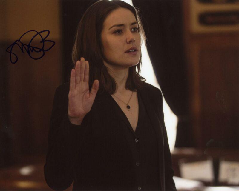 "Megan Boone ""The Blacklist"" AUTOGRAPH Signed 8x10 Photo J ACOA"