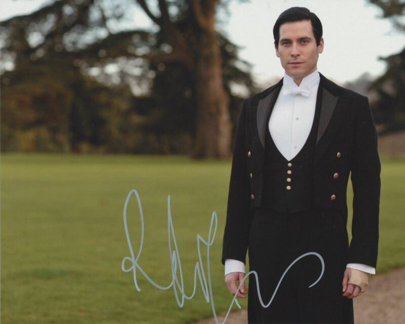 ROBERT JAMES COLLIER SIGNED DOWNTON ABBEY 8X10 PHOTO