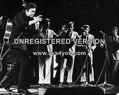 "Johnny Cash 10"" x 8"" Photograph no 9"
