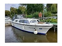RLM 27 SEYSHELLS CABIN CRUISER BOATplus free mooring.