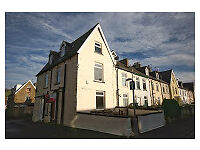 2 BEDROOM END TERRACE HOUSE IN LEE MOUNT, HALIFAX. HX3. RENT £98 per week - Recently Decorated.