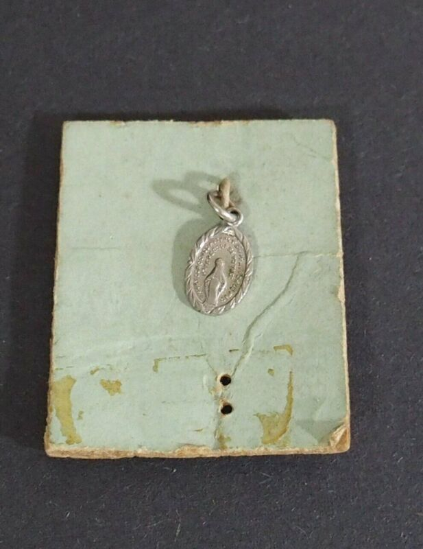 Small Vintage Religious Pendant or Charm