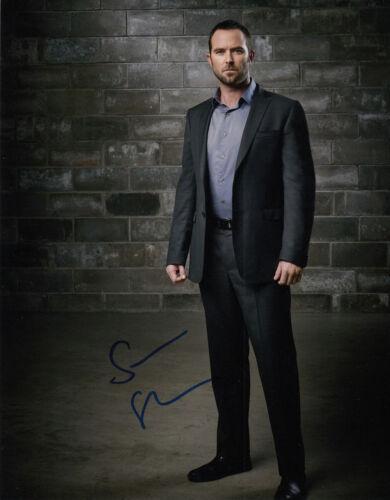 Sullivan Stapleton Blindspot signed 10x8 photo AFTAL & UACC [15570] COA Online