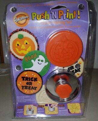 WILTON PUSH'N PRINT HALLOWEEN COOKIE MAKING SET (Make Halloween Cookies)