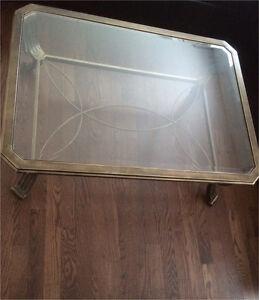 Beautiful glass coffee table Kitchener / Waterloo Kitchener Area image 1