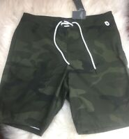 37aefd7453 New with tags NWT NEWABERCROMBIE & FITCH MEN GREEN CAMO 9