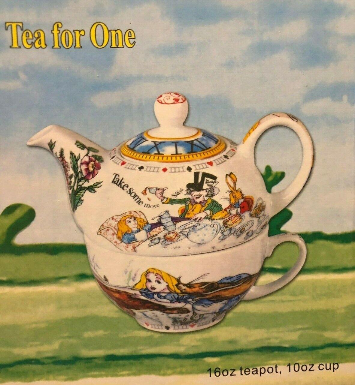 Alice in Wonderland Tea For One Set 16 oz Teapot Vintage Pau