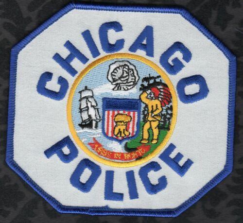 Chicago Illinois Police Shoulder Patch Blue Lettering Blue Border