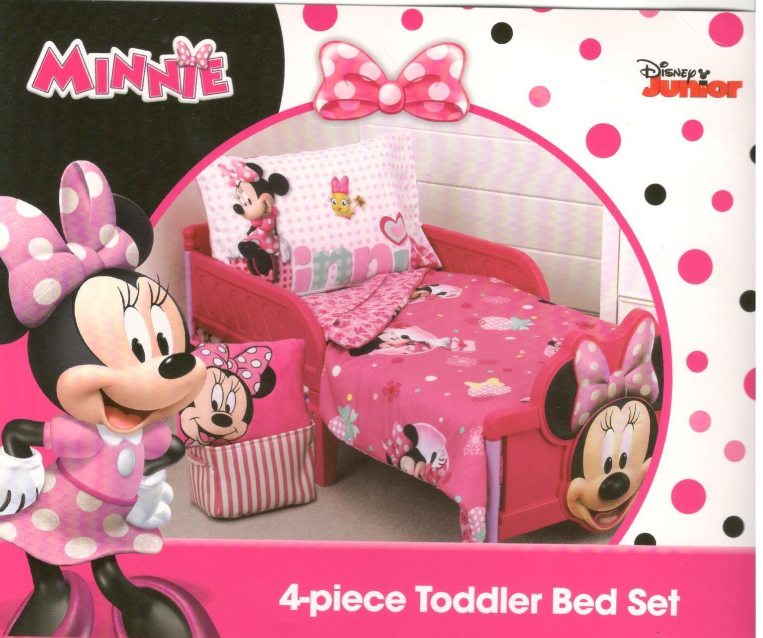 Disney Minnie Mouse Smart & Sweet 4-Piece Toddler Bedding Se