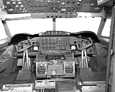 "Braniff Airways Lockheed L188 Electra ((8""x10"")) Print"