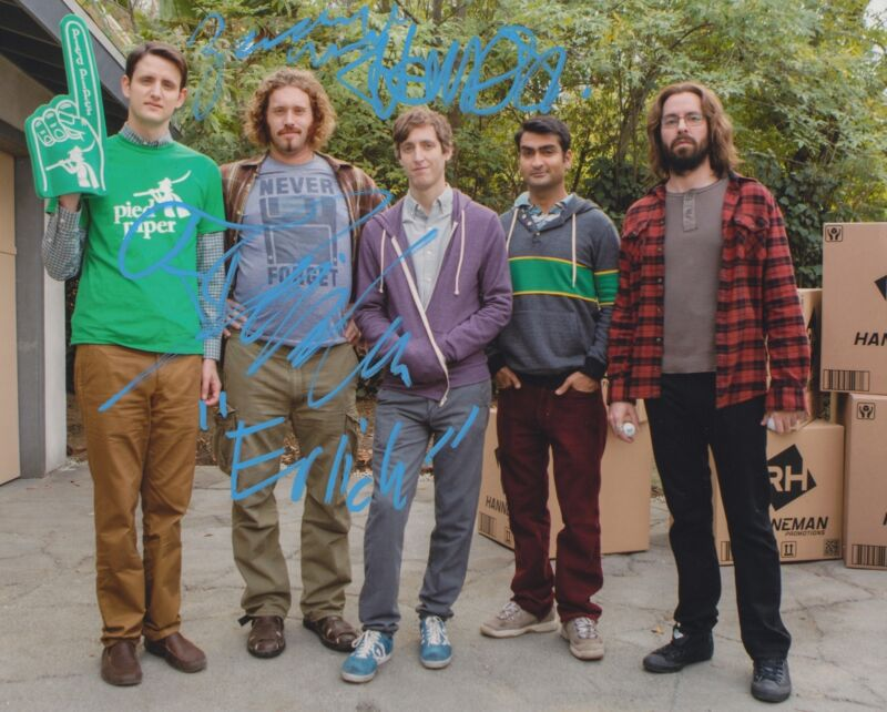SILICON VALLEY CAST SIGNED 8X10 PHOTO 4