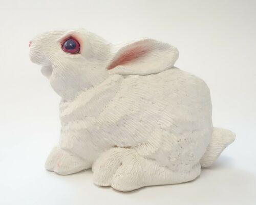 VINTAGE DON JAMES WHITE BUNNY RABBIT FIGURINE SCULPTURE Easter Animal SIGNED