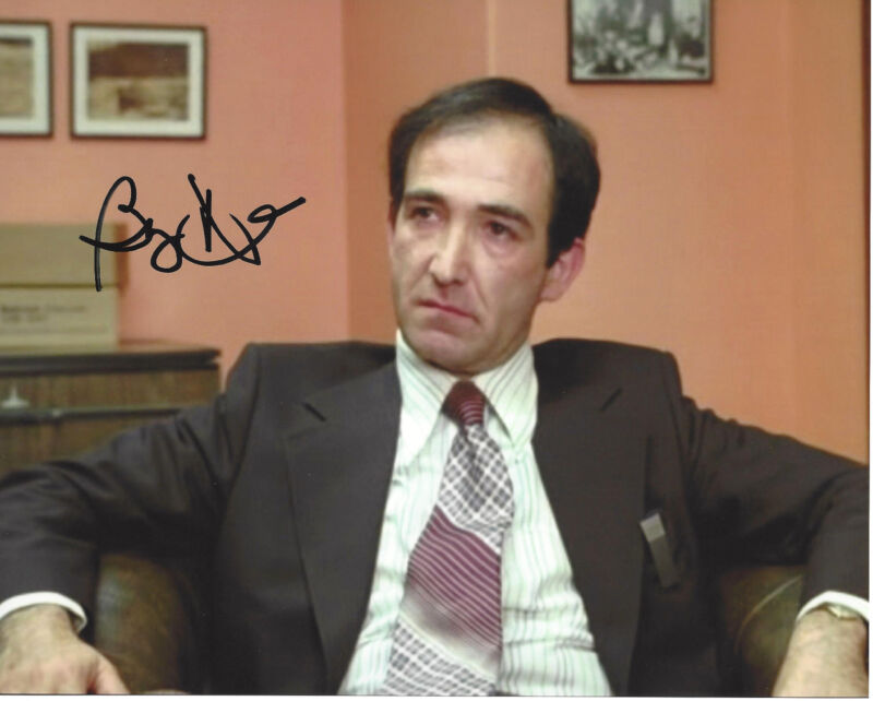 BARRY DENNEN SIGNED AUTHENTIC 'THE SHINING' BILL WATSON 8X10 PHOTO w/COA PROOF