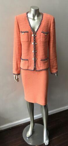 St. John Marie Grey 2 Piece Knit Designer Skirt Suit Size 8