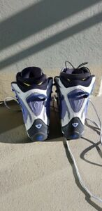 Almost new snowboarding boots size 7