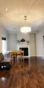 3 + 1 Bedroom Townhouse in Ancaster, Hamilton for rental
